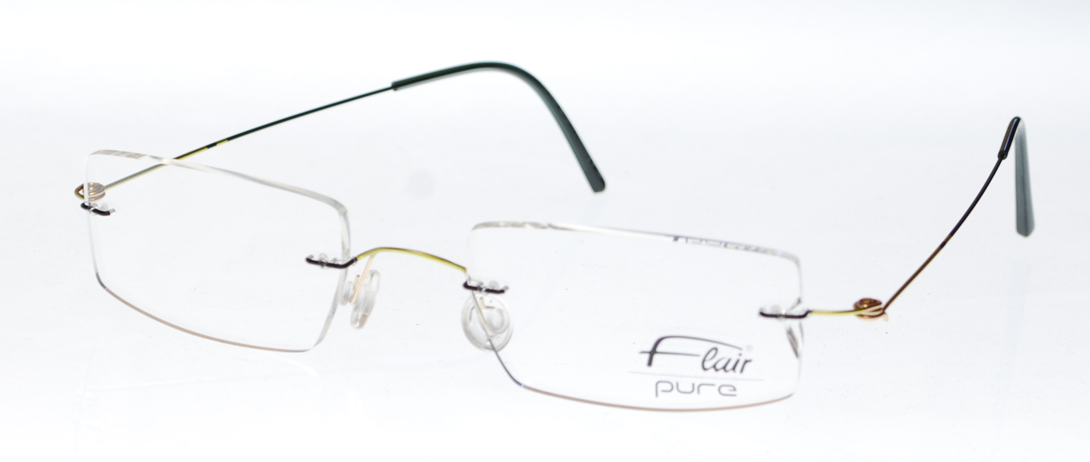 Flair  Flair 589 Eyeglasses